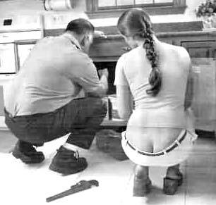women that have plumbers butt