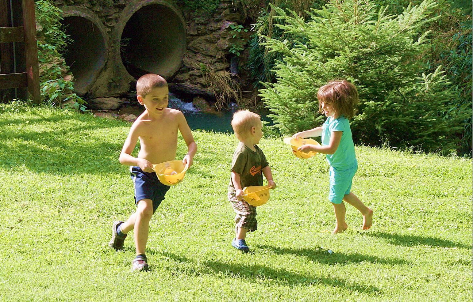 You know you have too many kids when for Aprendiendo y jugando jardin infantil